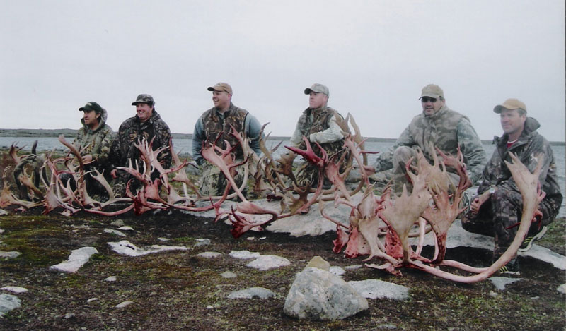 Caribou Group Hunting
